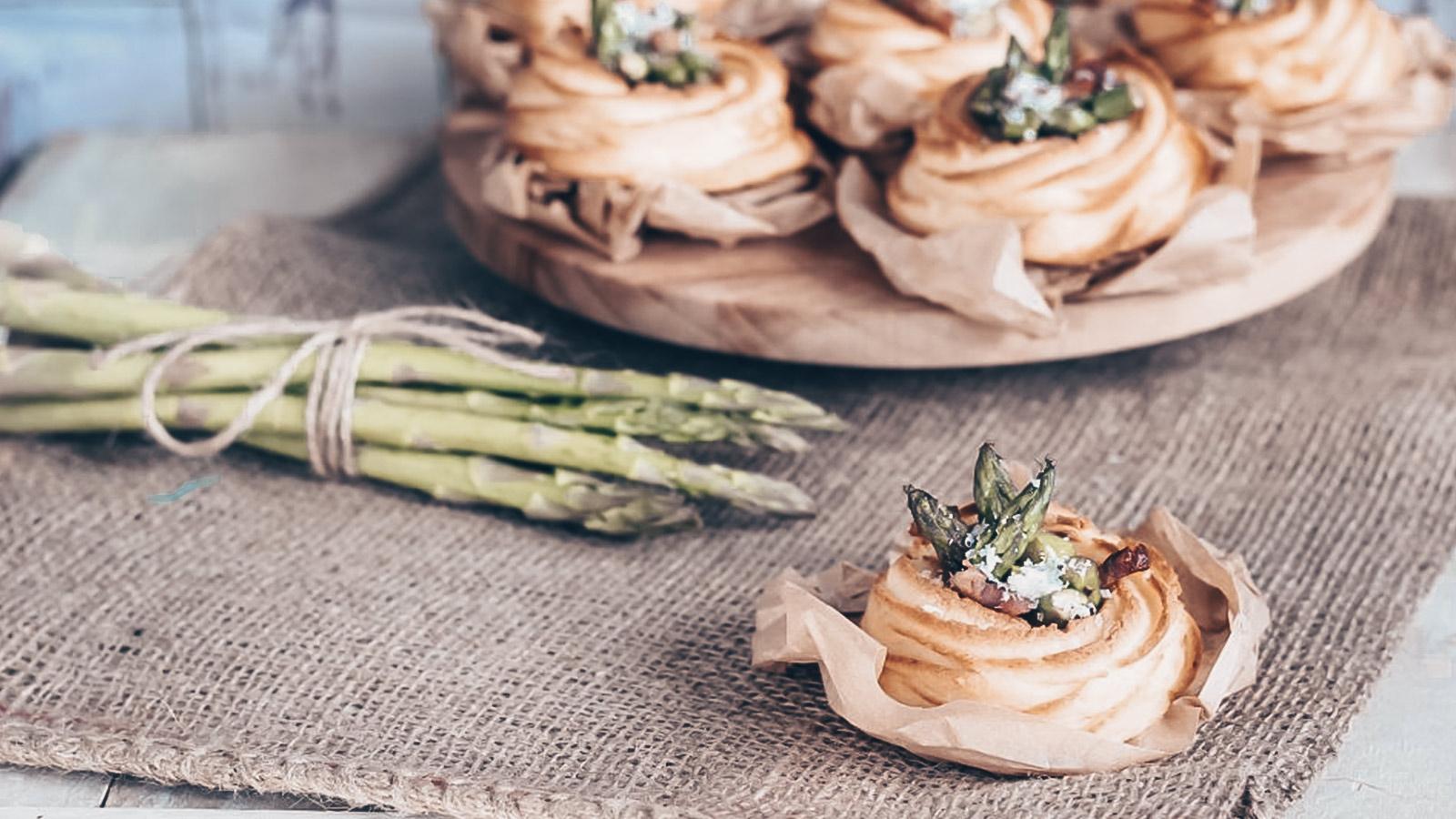 Cestini di patate con asparagi